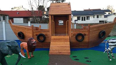 I Bedehusbarnehagen i Blomsterdalen utenfor Bergen kan barna leke med Noahs Ark.